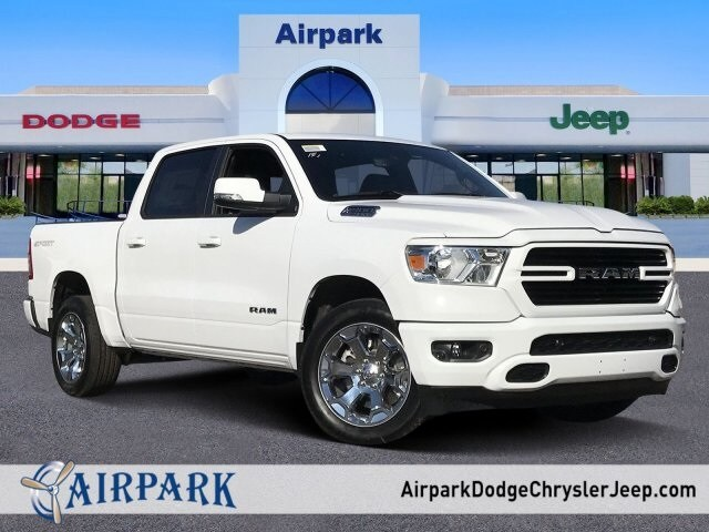 2020 Ram 1500 Crew Cab 4x2, Pickup #LN210499 - photo 1