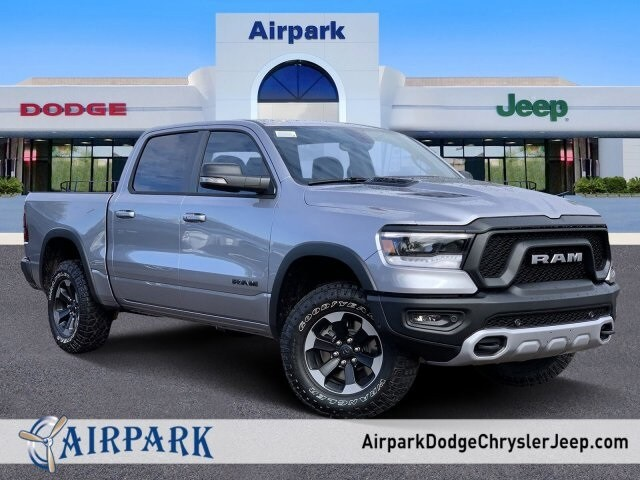 2020 Ram 1500 Crew Cab 4x4, Pickup #LN212827 - photo 1