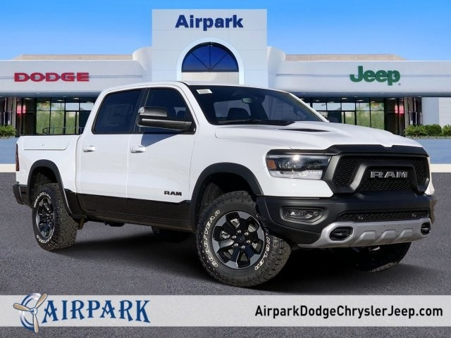 2020 Ram 1500 Crew Cab 4x4, Pickup #LN221284 - photo 1