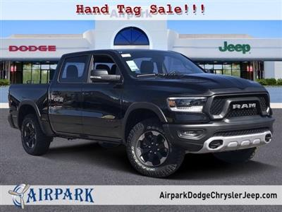 2020 Ram 1500 Crew Cab 4x4, Pickup #LN225303 - photo 1