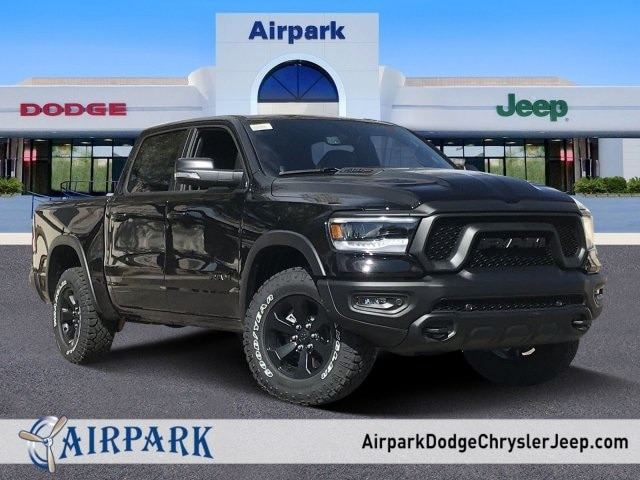2020 Ram 1500 Crew Cab 4x4, Pickup #LN231677 - photo 1