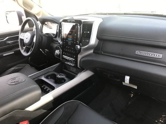 2020 Ram 1500 Crew Cab 4x2, Pickup #LN238715 - photo 11