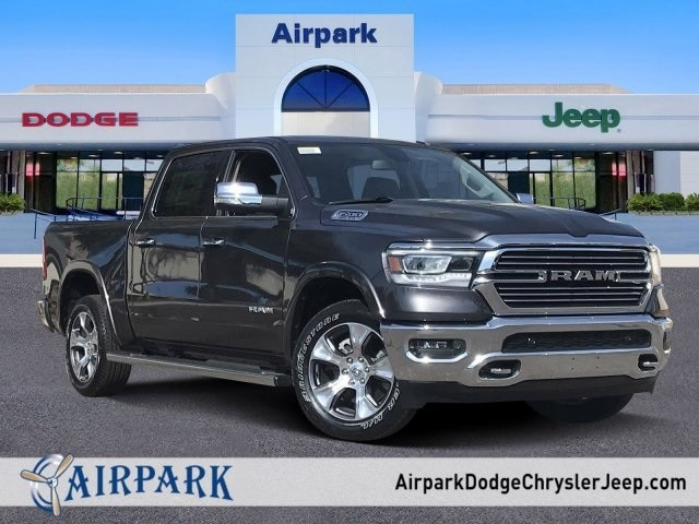 2020 Ram 1500 Crew Cab 4x2, Pickup #LN238715 - photo 1