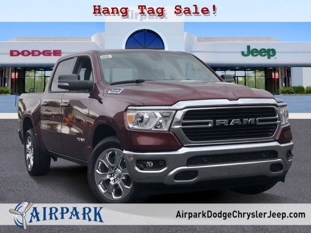 2020 Ram 1500 Crew Cab 4x2, Pickup #LN276599 - photo 1
