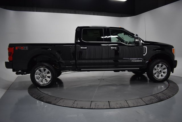 2017 F-250 Crew Cab 4x4, Pickup #T4137 - photo 9