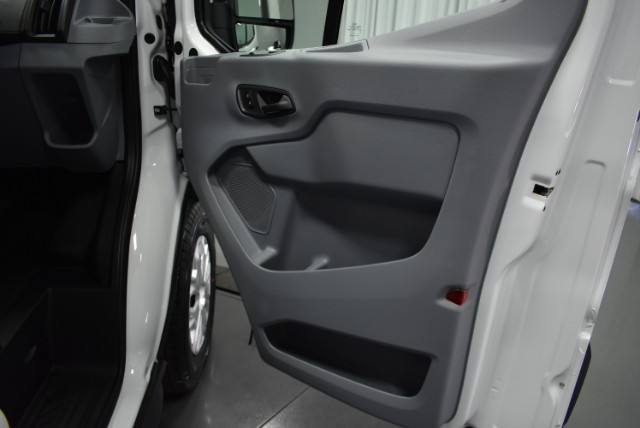 2018 Transit 250 Med Roof 4x2,  Empty Cargo Van #T4501 - photo 17