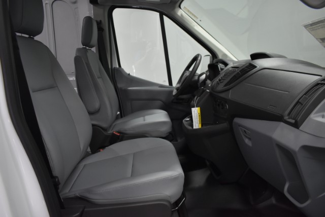 2018 Transit 250 Med Roof 4x2,  Empty Cargo Van #T4501 - photo 18