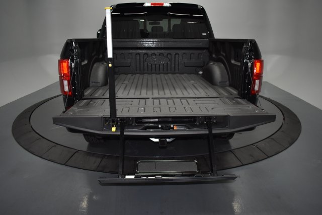 2018 F-150 SuperCrew Cab 4x4,  Pickup #T4515 - photo 26