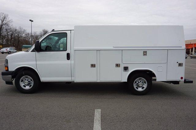 2019 Chevrolet Express 3500 4x2, Reading Service Utility Van #K81805 - photo 1