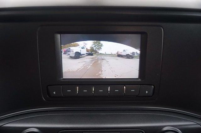 2020 Chevrolet Silverado 5500 Crew Cab DRW 4x2, Crysteel E-Tipper Dump Body #L70993 - photo 11