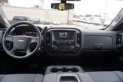 2020 Chevrolet Silverado 5500 Crew Cab DRW 4x2, Crysteel E-Tipper Dump Body #L70993 - photo 7