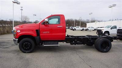 2020 Chevrolet Silverado Medium Duty Regular Cab DRW 4x2, Cab Chassis #L70996 - photo 4
