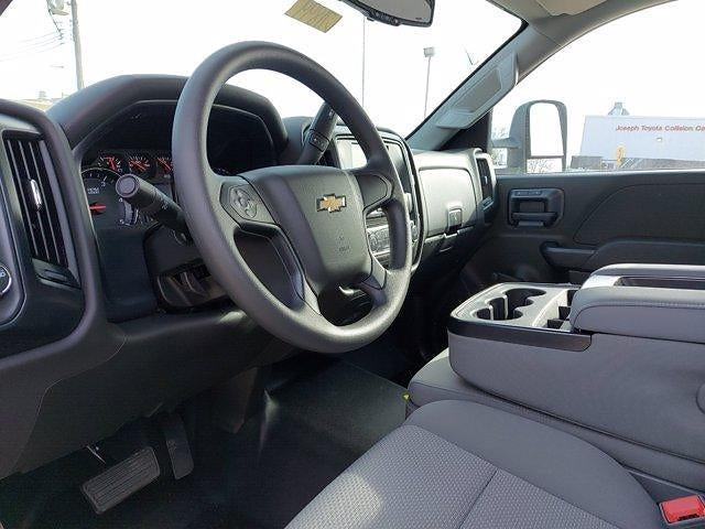 2020 Chevrolet Silverado 5500 Regular Cab DRW 4x2, Cab Chassis #L71899 - photo 16