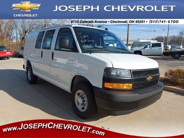 2020 Chevrolet Express 2500 4x2, Masterack Upfitted Cargo Van #L81735 - photo 1