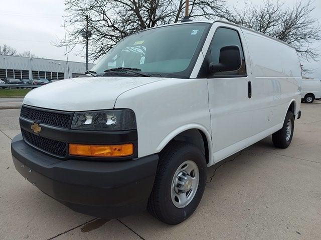 2020 Chevrolet Express 2500 4x2, Masterack Upfitted Cargo Van #L81737 - photo 3
