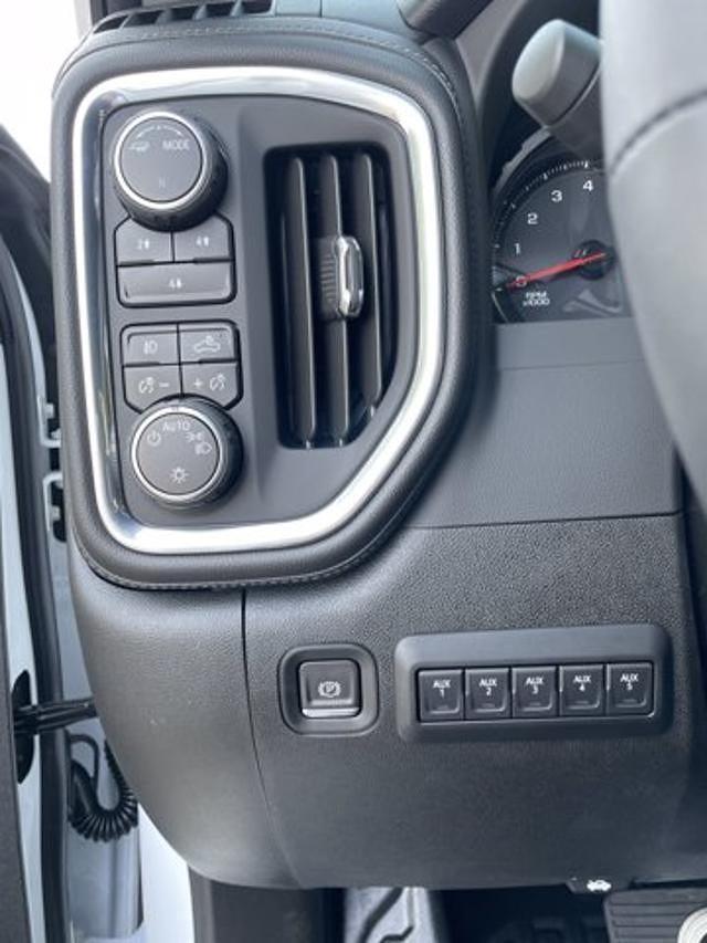 2021 Silverado 2500 Crew Cab 4x4,  Cab Chassis #M71059 - photo 7