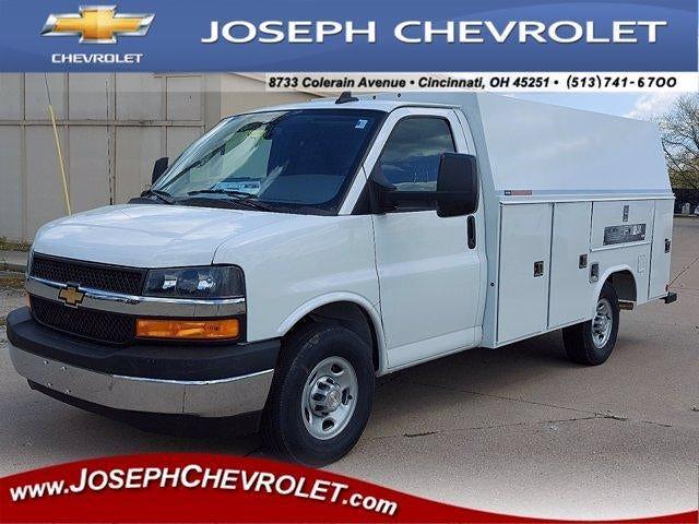 2021 Chevrolet Express 3500 4x2, Reading Service Utility Van #M80706 - photo 1