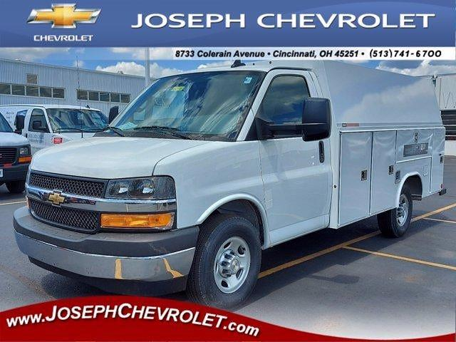 2021 Chevrolet Express 3500 4x2, Reading Service Utility Van #M80748 - photo 1