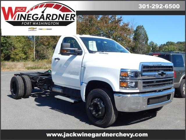 2019 Chevrolet Silverado Medium Duty Regular Cab DRW 4x2, Cab Chassis #99623 - photo 1