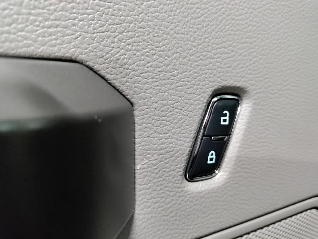 2017 F-150 SuperCrew Cab 4x4,  Pickup #111341A - photo 21