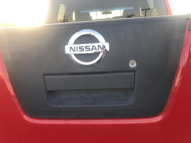 2007 Nissan Frontier 4x4, Pickup #143608A - photo 13