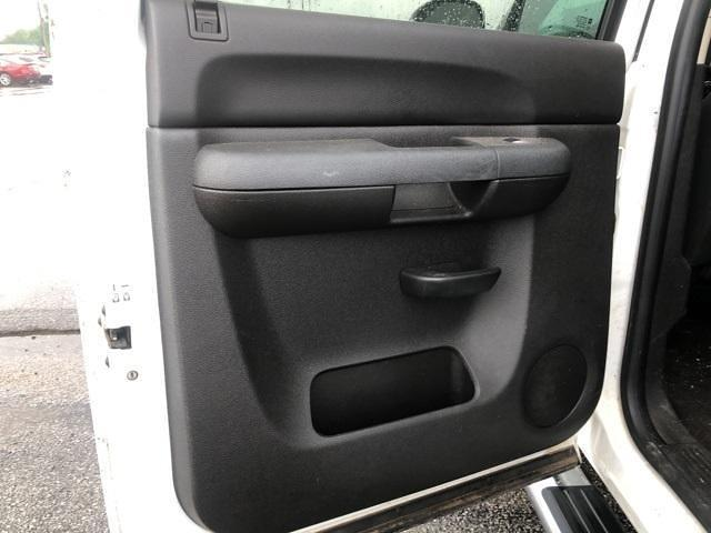 2012 Chevrolet Silverado 2500 Crew Cab 4x4, Pickup #1R1839A - photo 18