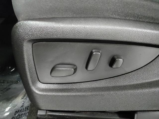 2015 Chevrolet Silverado 1500 Double Cab 4x4, Pickup #1R1845 - photo 14