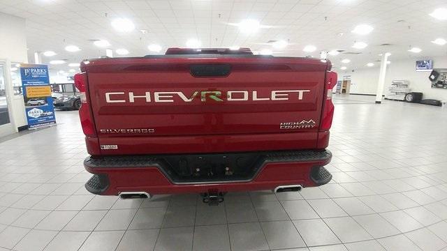 2019 Chevrolet Silverado 1500 Crew Cab 4x4, Pickup #1R1870 - photo 4