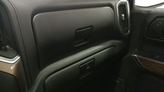 2019 Chevrolet Silverado 1500 Crew Cab 4x4, Pickup #1R1870 - photo 38