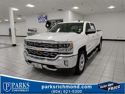 2017 Chevrolet Silverado 1500 Crew Cab 4x4, Pickup #1R1924 - photo 1