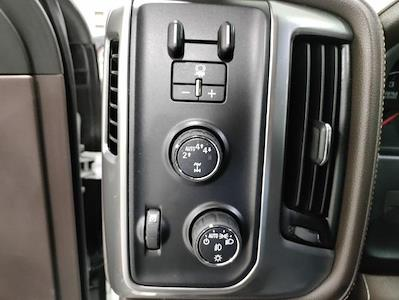 2017 Chevrolet Silverado 1500 Crew Cab 4x4, Pickup #1R1924 - photo 19