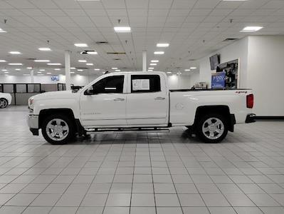 2017 Chevrolet Silverado 1500 Crew Cab 4x4, Pickup #1R1924 - photo 4