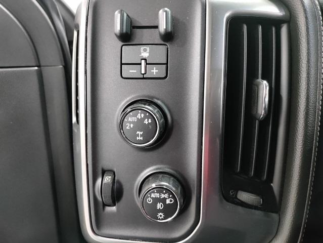2015 Chevrolet Silverado 1500 Crew Cab 4x4, Pickup #1R1932 - photo 13