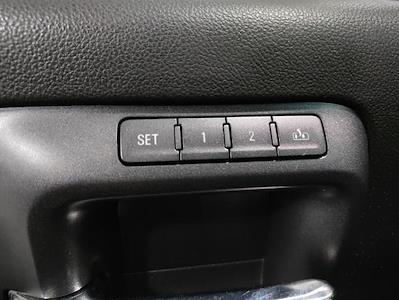 2015 Chevrolet Silverado 1500 Crew Cab 4x4, Pickup #1R1932 - photo 11