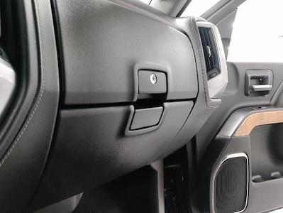 2015 Chevrolet Silverado 1500 Crew Cab 4x4, Pickup #1R1932 - photo 32