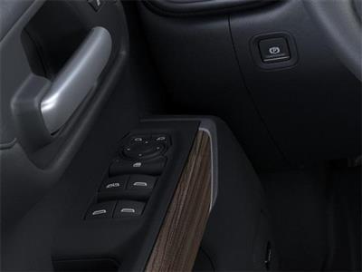 2021 Chevrolet Silverado 1500 Crew Cab 4x4, Pickup #204271 - photo 19