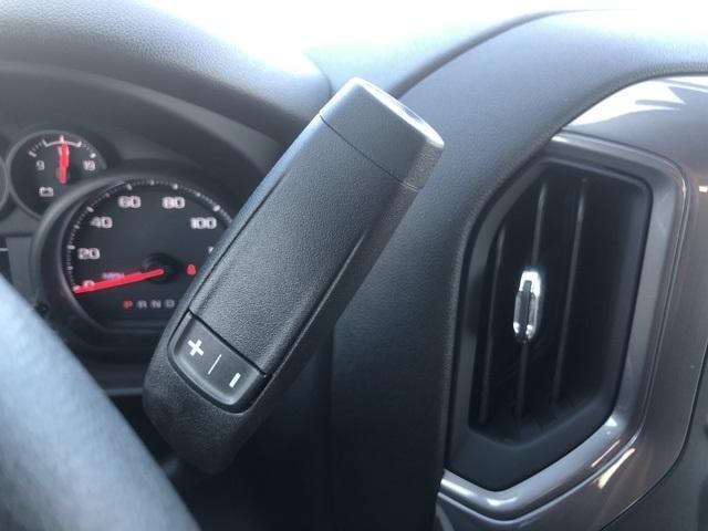 2020 Chevrolet Silverado 2500 Crew Cab 4x2, Reading SL Service Body #256421 - photo 32