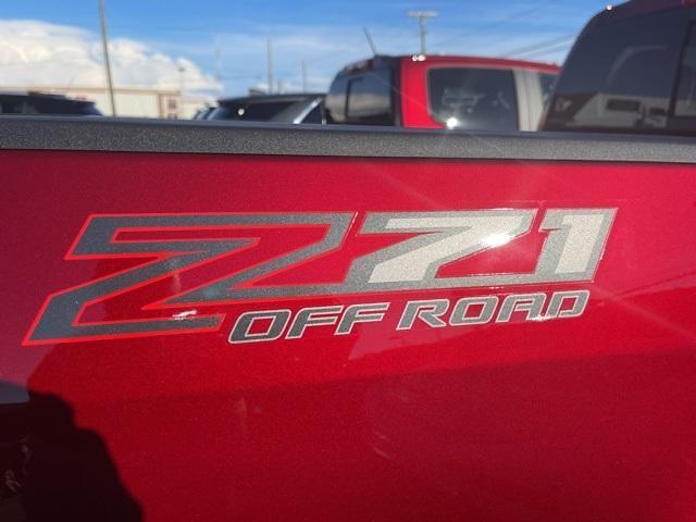 2021 Chevrolet Colorado Crew Cab 4x4, Pickup #275644 - photo 7