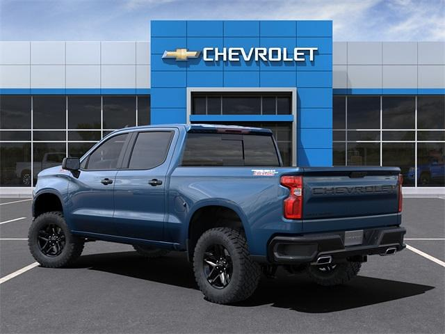 2021 Chevrolet Silverado 1500 Crew Cab 4x4, Pickup #280883 - photo 4