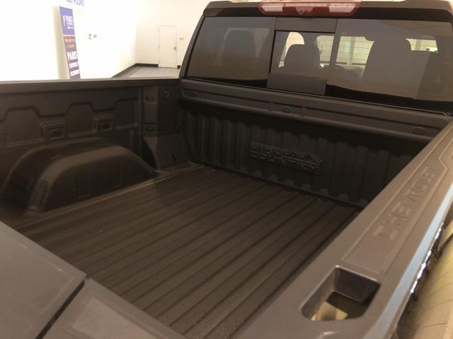 2021 Chevrolet Silverado 1500 Crew Cab 4x4, Pickup #301247 - photo 22