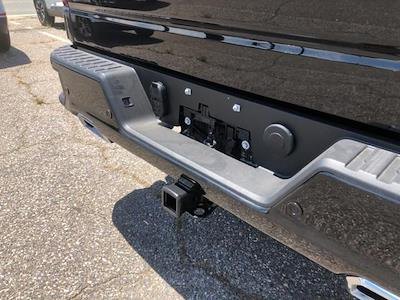 2021 Chevrolet Silverado 1500 Crew Cab 4x4, Pickup #301986 - photo 17