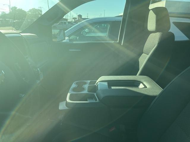 2021 Chevrolet Silverado 1500 Crew Cab 4x4, Pickup #325906 - photo 16