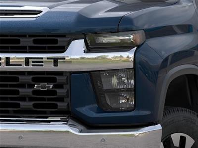 2020 Chevrolet Silverado 2500 Crew Cab 4x4, Pickup #333051 - photo 8