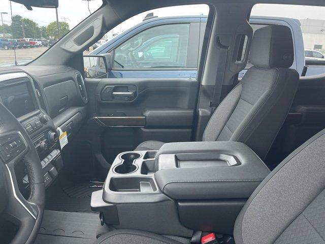2021 Chevrolet Silverado 1500 Crew Cab 4x4, Pickup #383624 - photo 15