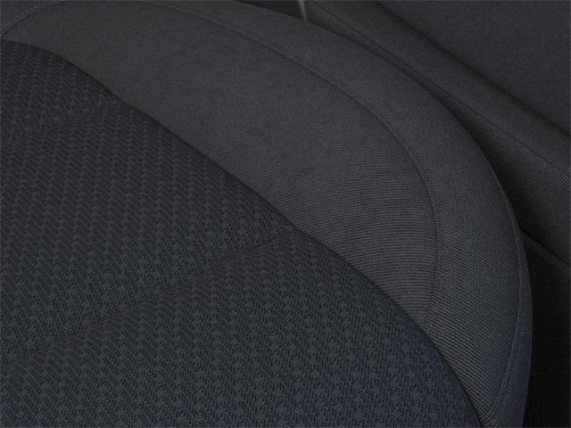 2021 Chevrolet Silverado 1500 Crew Cab 4x4, Pickup #384648 - photo 18