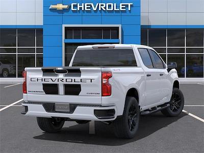 2021 Chevrolet Silverado 1500 Crew Cab 4x4, Pickup #384648 - photo 2