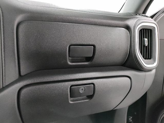 2019 Chevrolet Silverado 1500 Crew Cab 4x4, Pickup #7R1991 - photo 37