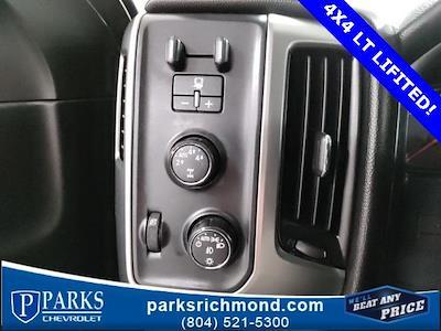 2016 Chevrolet Silverado 1500 Crew Cab 4x4, Pickup #7R2031 - photo 20