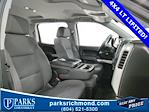 2016 Chevrolet Silverado 1500 Crew Cab 4x4, Pickup #7R2031 - photo 17