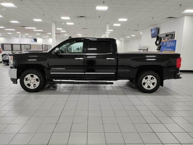 2016 Chevrolet Silverado 1500 Crew Cab 4x4, Pickup #9R1945 - photo 3
